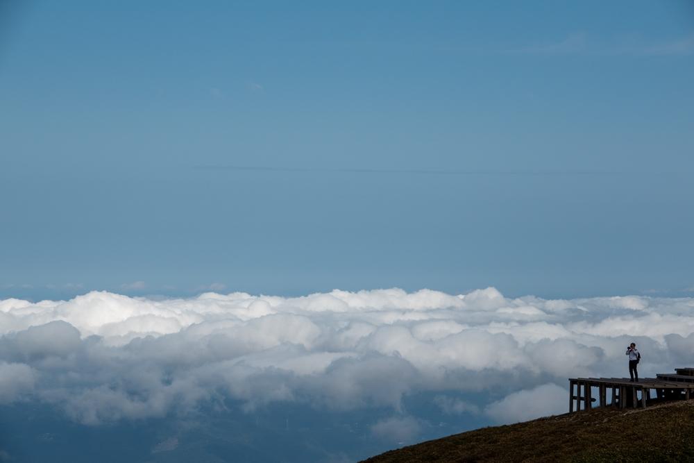 下界を覆う白雲