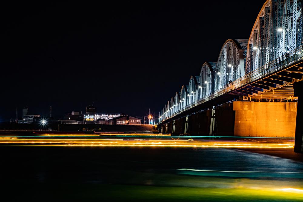 17径間曲弦下路式ワーレントラス橋